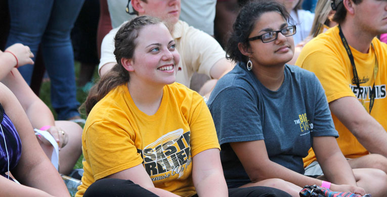 Bennett leads student convocation series
