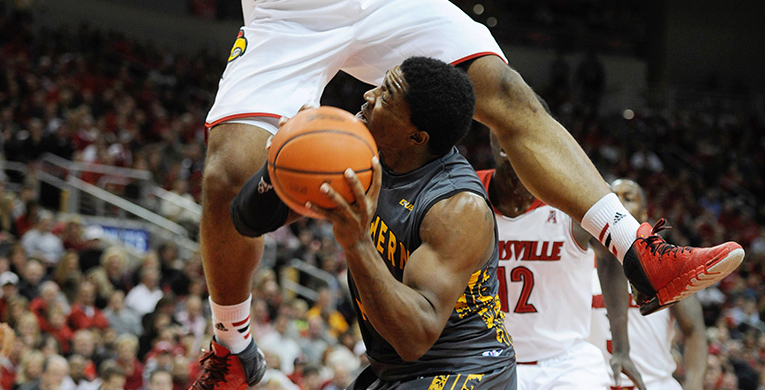 Louisville defeats Southern Miss handily, 69-38