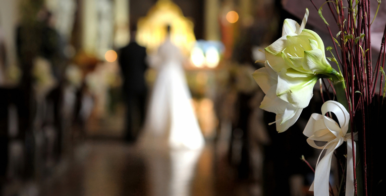 Say 'I do' to good wedding manners
