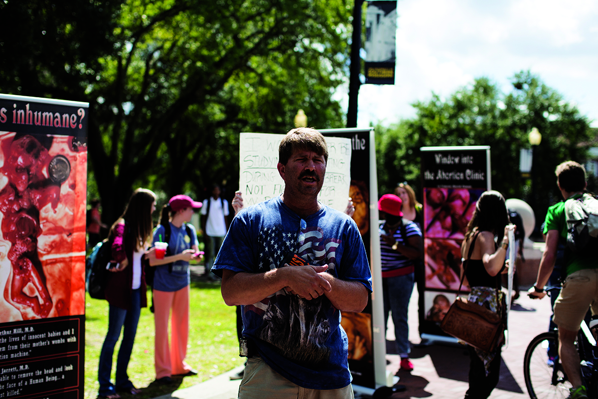 Abortion protest: opposing views