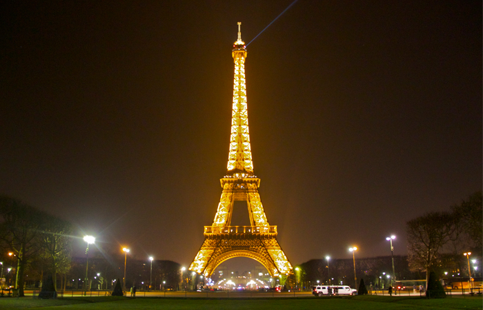 Students Safe to Study Abroad in Paris