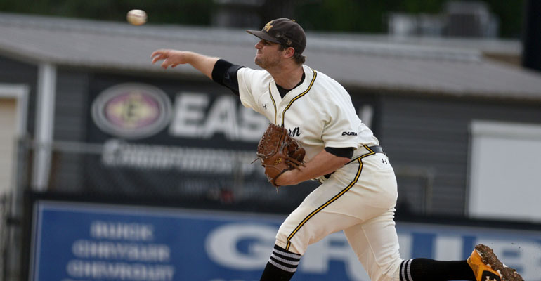 Plate Discipline Leads to 9-3 Win Over ULM