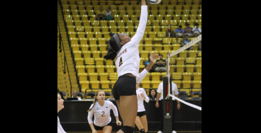USM volleyball off to record-setting pace