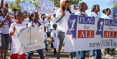 Crowds protest Miss. flag in Jackson