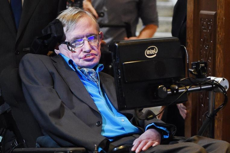 Stephen Hawking: Technology Contributes to Inequality