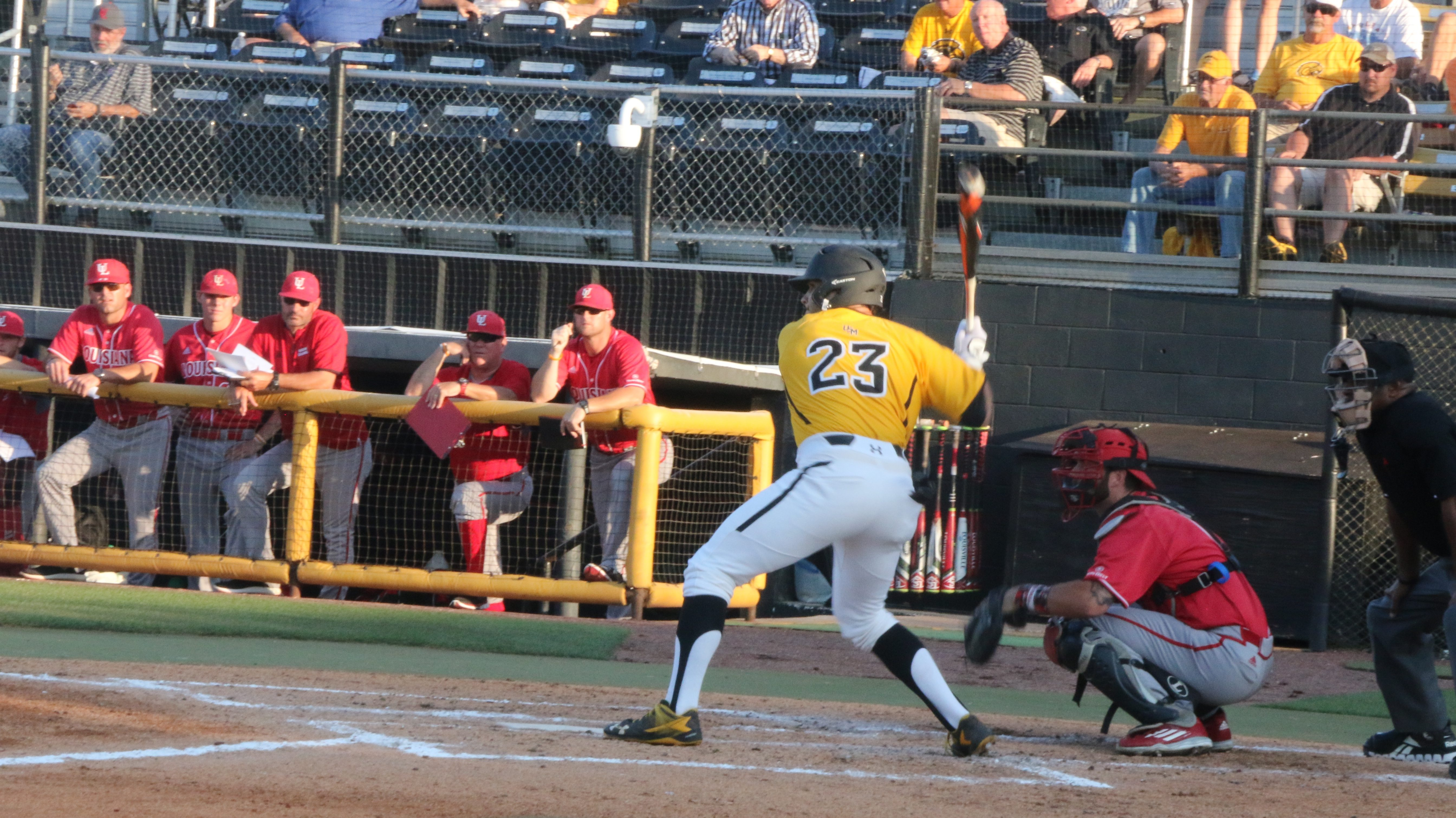 No. 14 USM cruises past No. 23 UL-Lafayette