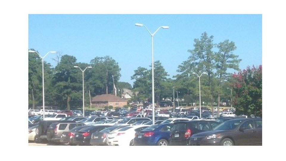 Students petition for more parking