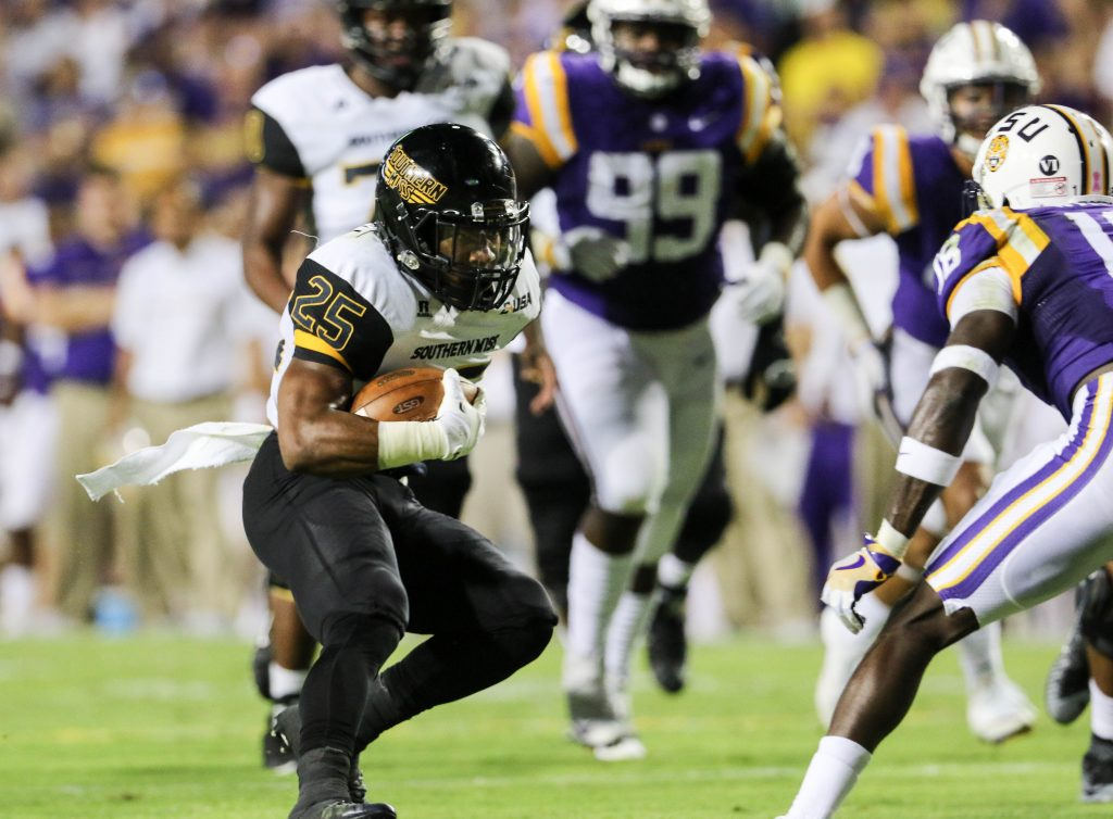 Southern Miss running back Ito Smith runs the ball against LSU in Baton Rouge, Louisiana on Oct. 15, 2016. (Student Printz/ Hunt Mercier)