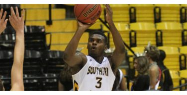 Golden Eagles romped by WKU, 64-47