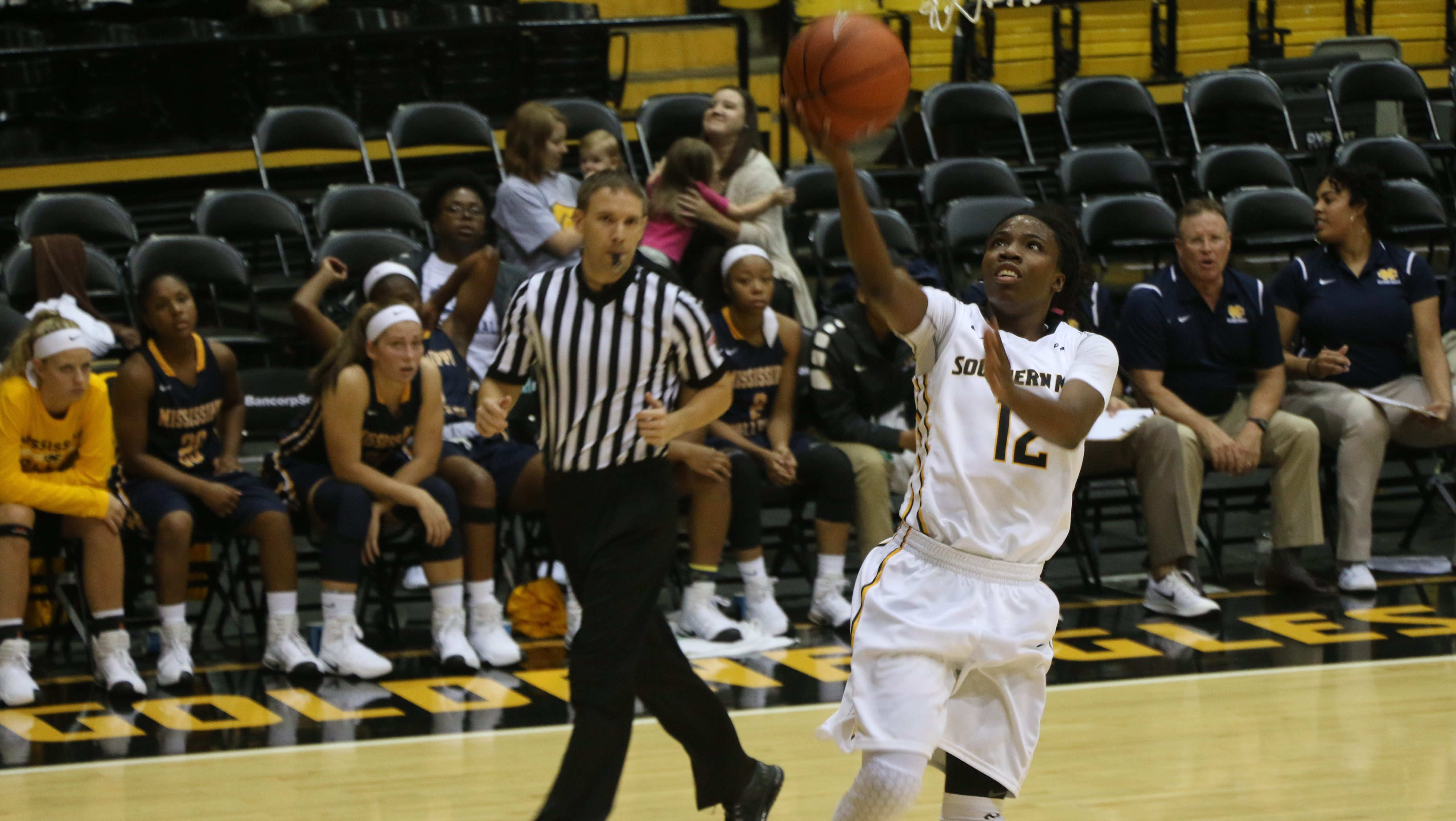 Charlotte snaps USM's three-game win streak