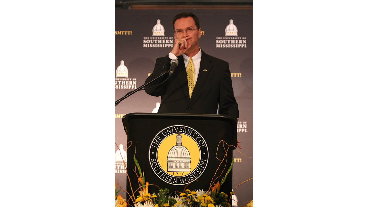 Southern Miss signs Class of '17