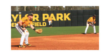 Golden Eagles maintain winning streak against Mississippi State, 7-5