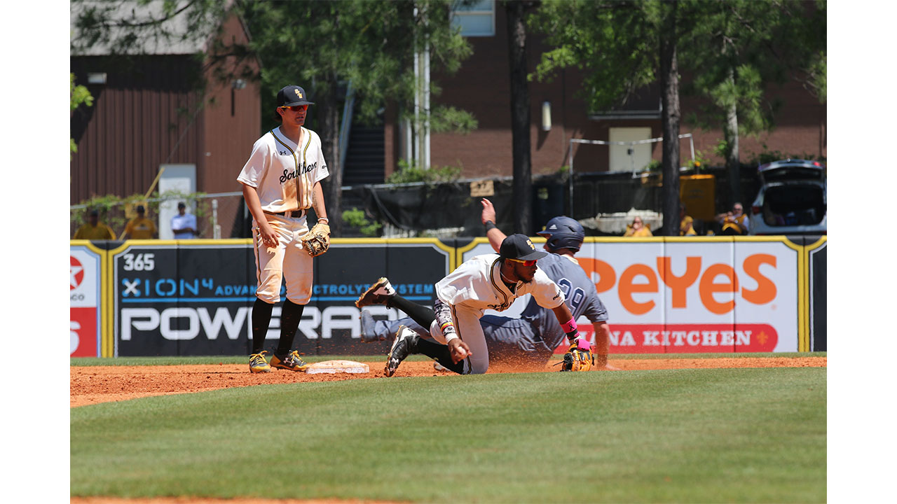 Southern Miss dominates FIU series early
