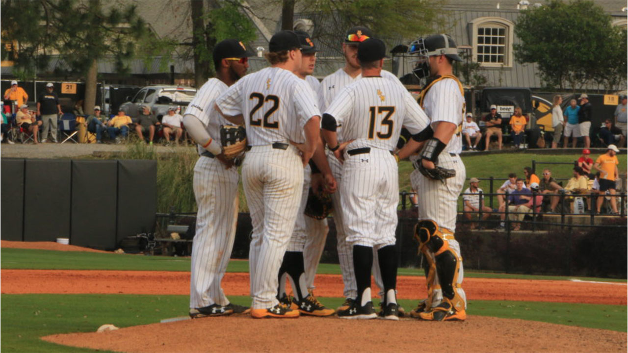 Ole Miss defeats USM in home game, 6-2