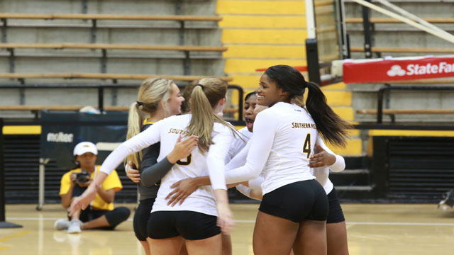Southern Miss drops four-set Match against Rice