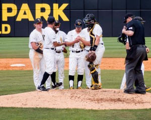Golden Eagles at the pitchers  mound-2